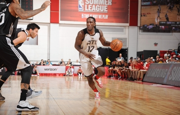 Sacramento Kings v Atlanta Hawks - Round 1